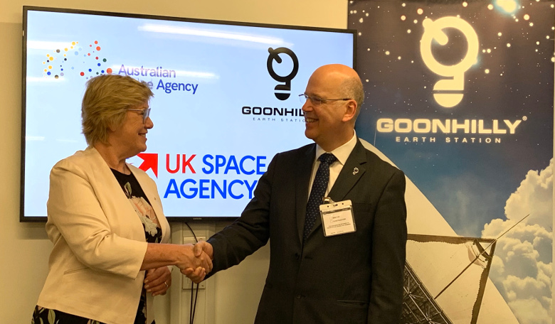 Goonhilly CEO Ian Jones and Dr Megan Clark AC, Head of the Australian Space Agency, signing the agreement in London on 26 February, 2019.
