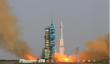 China, China Aerospace Science and Technology Corporation (CASC), Long March 2F, reuseable experiemental spacecraft, X-37B