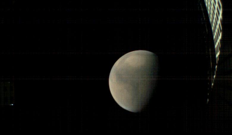 Mars MarCO CubeSats go quiet