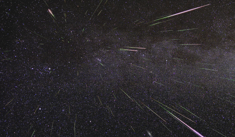 An outburst of Perseid meteors lights up the sky. Image: NASA/JPL