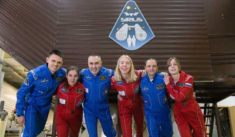 The SIRIUS crew start their journey towards the orbital lunar station. From left to right: Reinhold Povilaitis, Daria Zhidova, Commander Yevgeny Tarelkin, Anastasia Stepanova, Allen Miradkyrov and Stephania Fedeye
