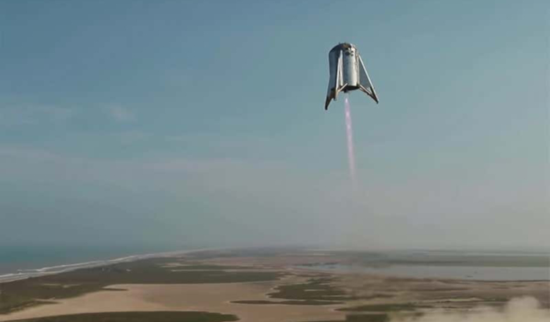SpaceX's squat-looking Starhopper makes its highest and final test flight at the company's Texas facility this week. Image: Space X