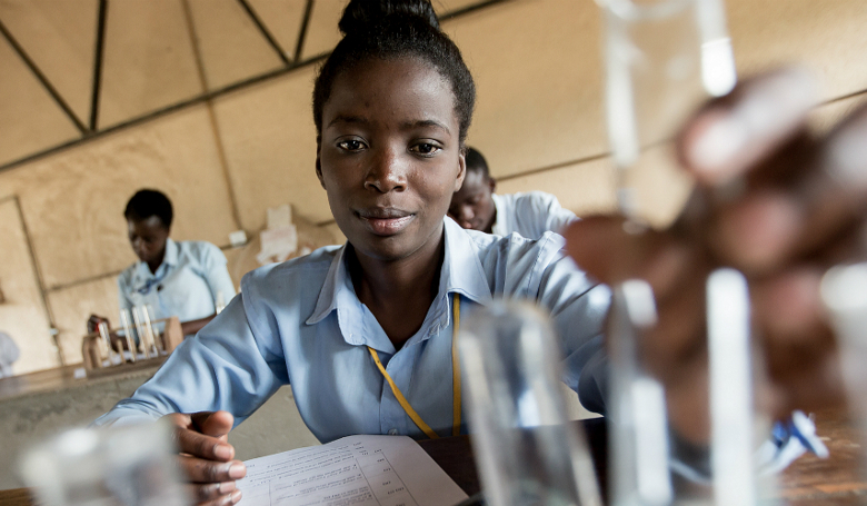 Chemistry lessons in a Kamulanga Secondary School in Lusaka, Zambia. Image: UNICEF Photo/UN0145554/Karin Schermbrucker