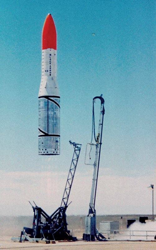issue13-The-British-Black-Arrow-rocket-blasts-off-with-the-Prospero-satellite-in-1971.jpg