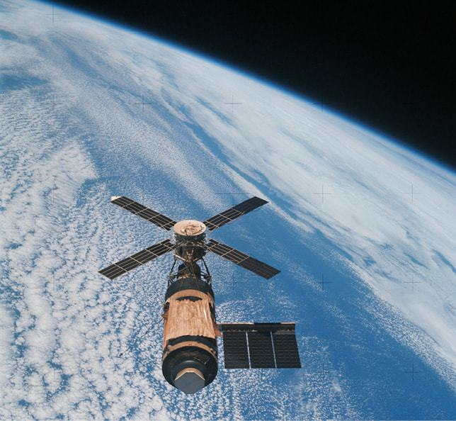 issue8-Skylab-space-station.jpg