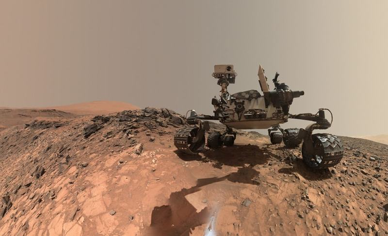 issue9-this-low-angle-self-portrait-of-nasa-is-curiosity-mars-rover-shows-the-vehicle.jpg