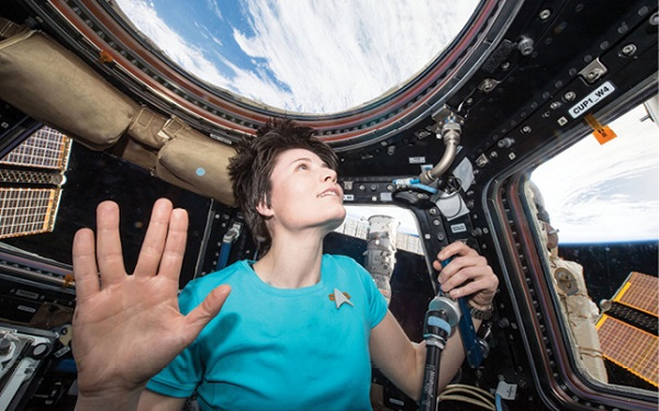 Space Station astronaut Samantha Cristoforetti pays tribute to actor Leonard Nimoy who played Spock in the original series of Star Trek